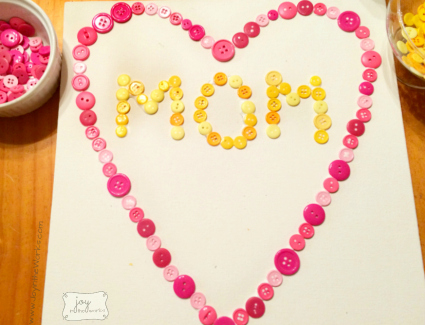 Mothers Day Button Heart Outline with 2 different versions