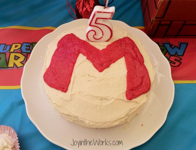 Mario Cake 650x497