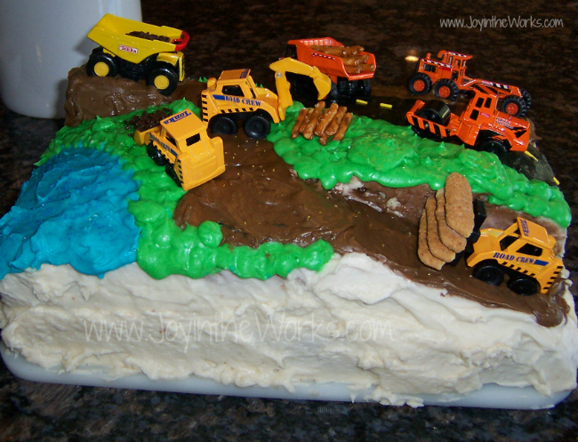 Husband makes amazing construction birthday cake for son's 2nd birthday!