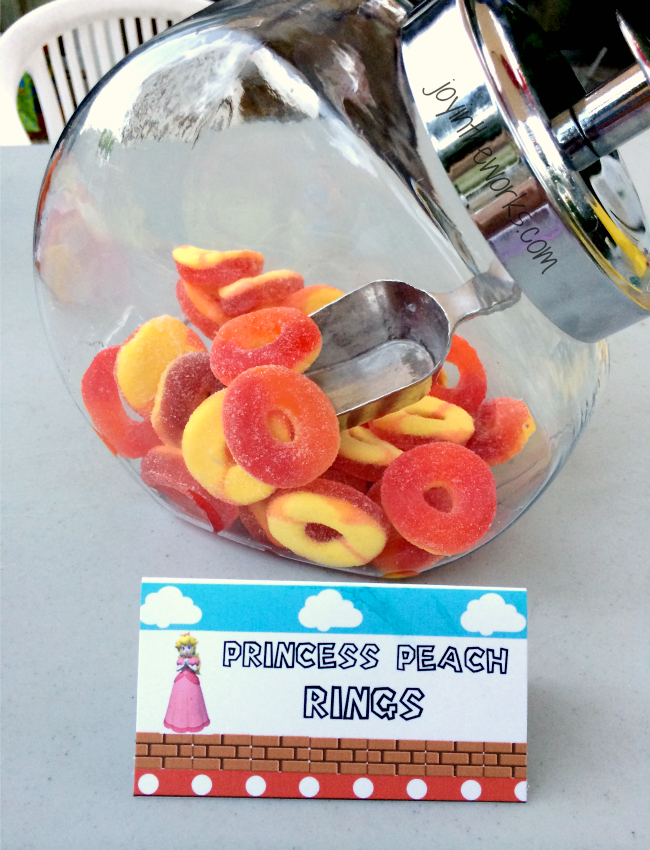 Party snack: Princess Peach rings
