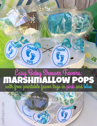 """Make these easy baby shower favors- marshmallow pops with free printable favor gift tags in both pink and blue. Plus some parenting tips from """"been there done that"""" moms. #ad #superabsorbent"""