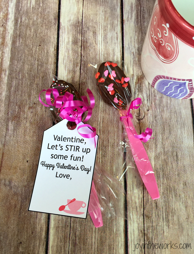 Valentine Gift Ideas: Chocolate Dipped Spoons with Free Printable Gift Tag  (1 of 16
