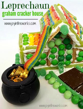 Leprechaun Graham Cracker House