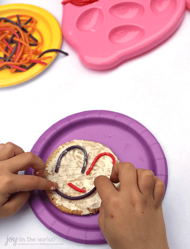 Looking for a fun Easter treat or food craft to make with your kids or a special dessert for a Children's Easter party? These Twizzler Spring Easter cookies are so easy and fun for kids to make and they will end up with their own cookie art!